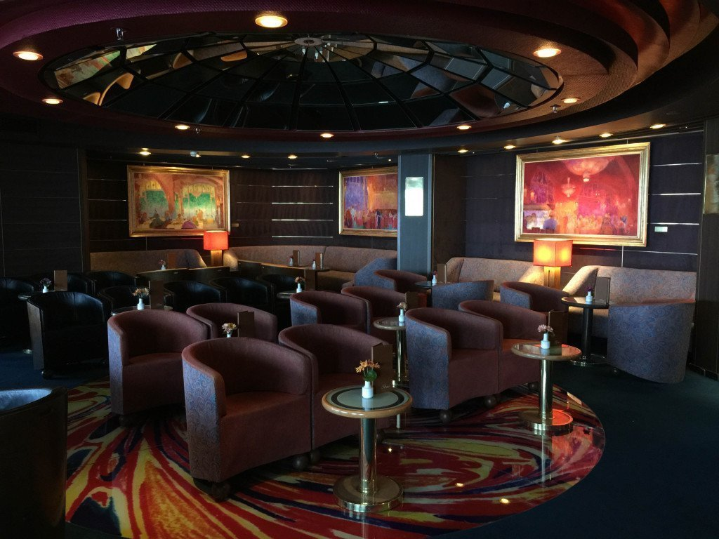 Piano Bar on MS Amsterdam