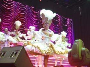 MSC Divina - Pantheon Theater - White Dress