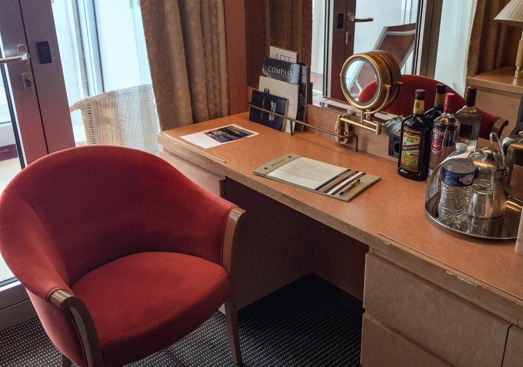 MS Amsterdam Room 6213 Desk Area